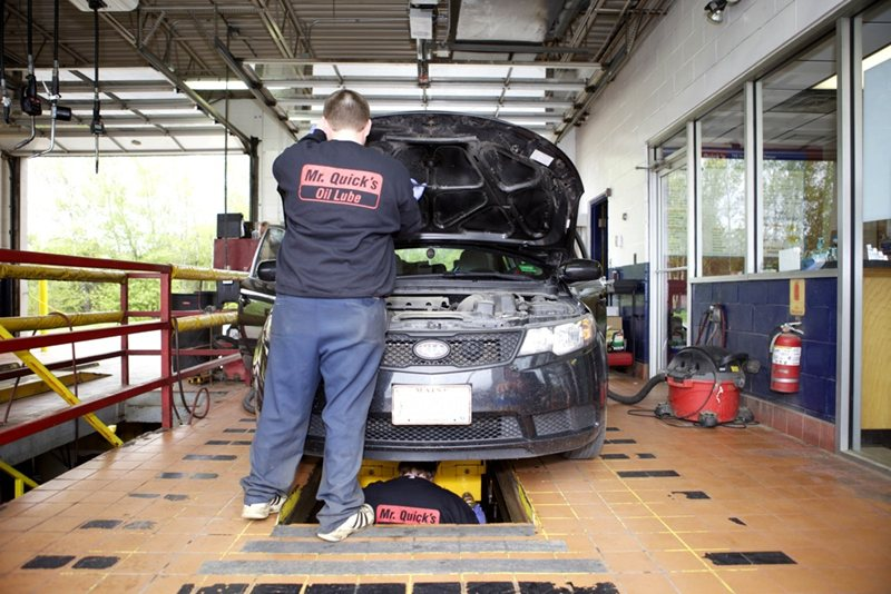 Mr Tire Oil Change >> Gallery | Mr. Quicks Oil Changes and Lube