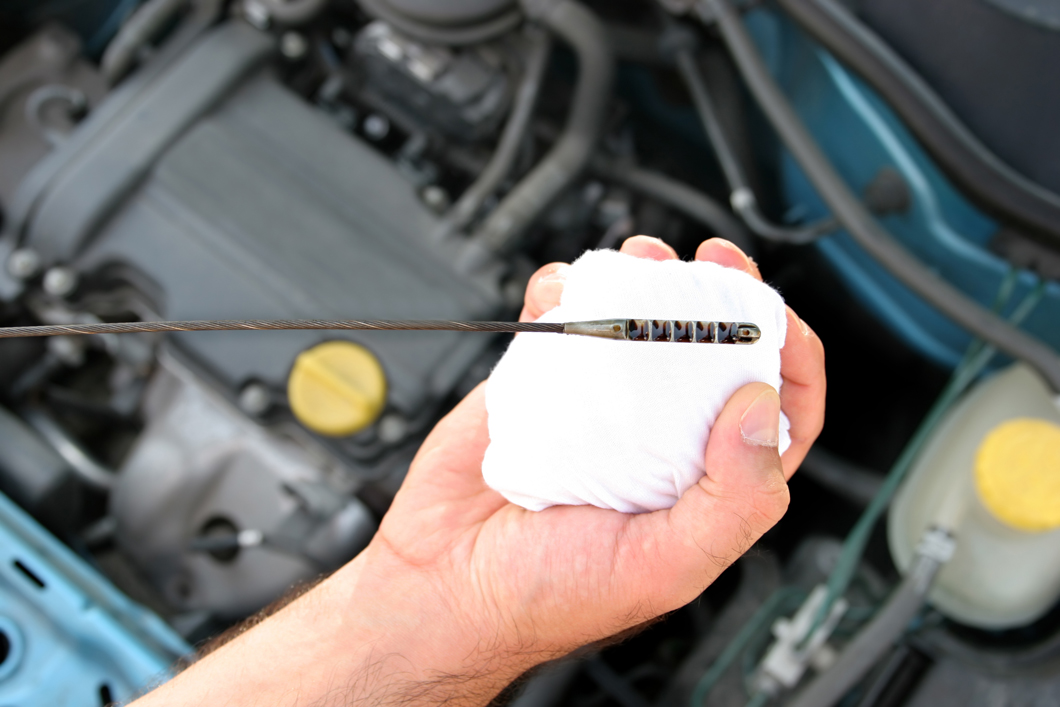 How Much Is An Oil Change >> Oil Changes Car Transmission Services Mr Quick S Oil Change And